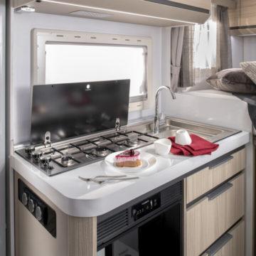 Adria Compact Axess kuhinja