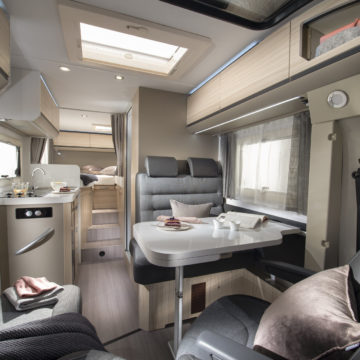 Adria Compact Axess notranjost