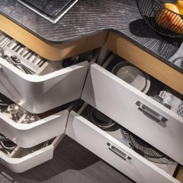 Adria Matrix Plus 670 SL - predali v kuhinji