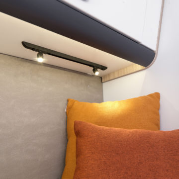 Avtodom Adria Sun Living serije S - osvetlitev