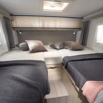 Avtodom Compact Axess - ločeni postelji