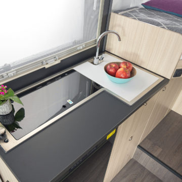 Delovna površina v kuhinji Sun Living serije S