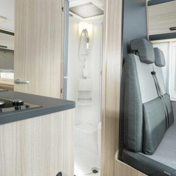 Odprta kopalnica v Sun-Livingu serije C 65 SL