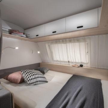 Prikolica Adria Aviva postelja v 522 PT