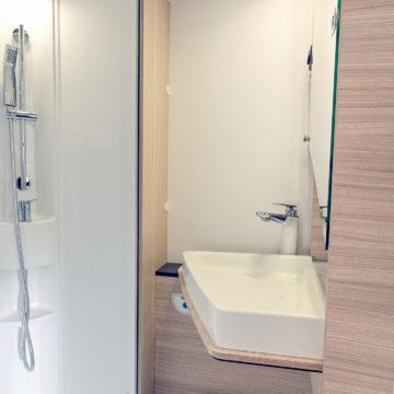 Sun Living A 70 DK - kopalnica z odprtim umivalnikom