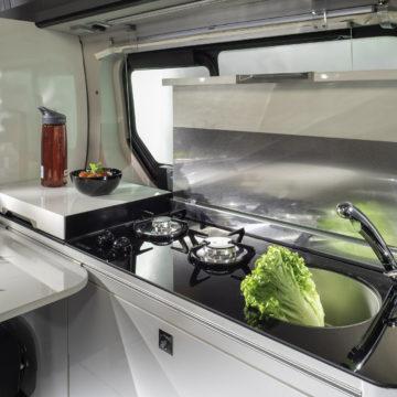 Van Adria Active kuhinja