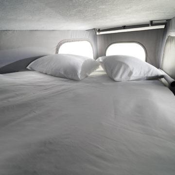 Van Adria Active postelja pod streho