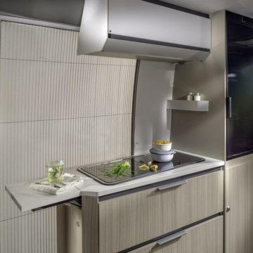 Van Adria Twin Plus kuhinja v 640SLB