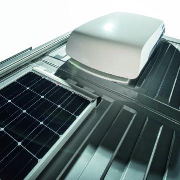 Van Adria Twin Supreme klima na strehi