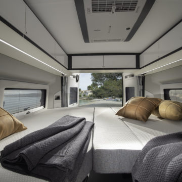 Van Adria Twin Supreme posteljni prostor