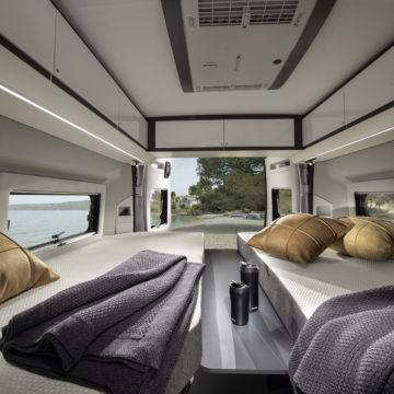 Van Adria Twin Supreme posteljni prostor - ločeni postelji